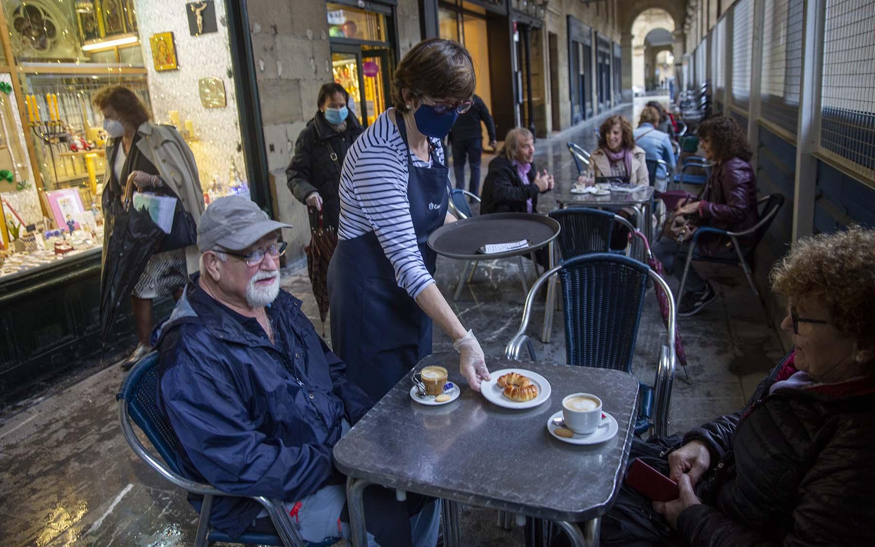 Euskadi Mantiene La Restriccion A Moverse Fuera Del Municipio Sociedad El Pais