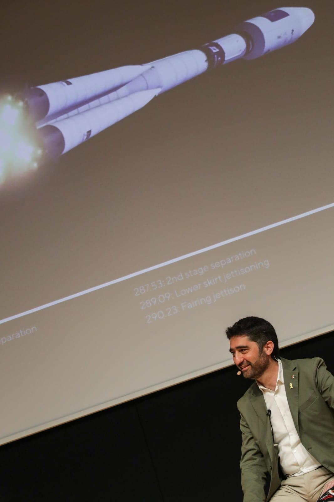 Jordi Puigneró during the launch of the nanosatellite 'Enxaneta'.