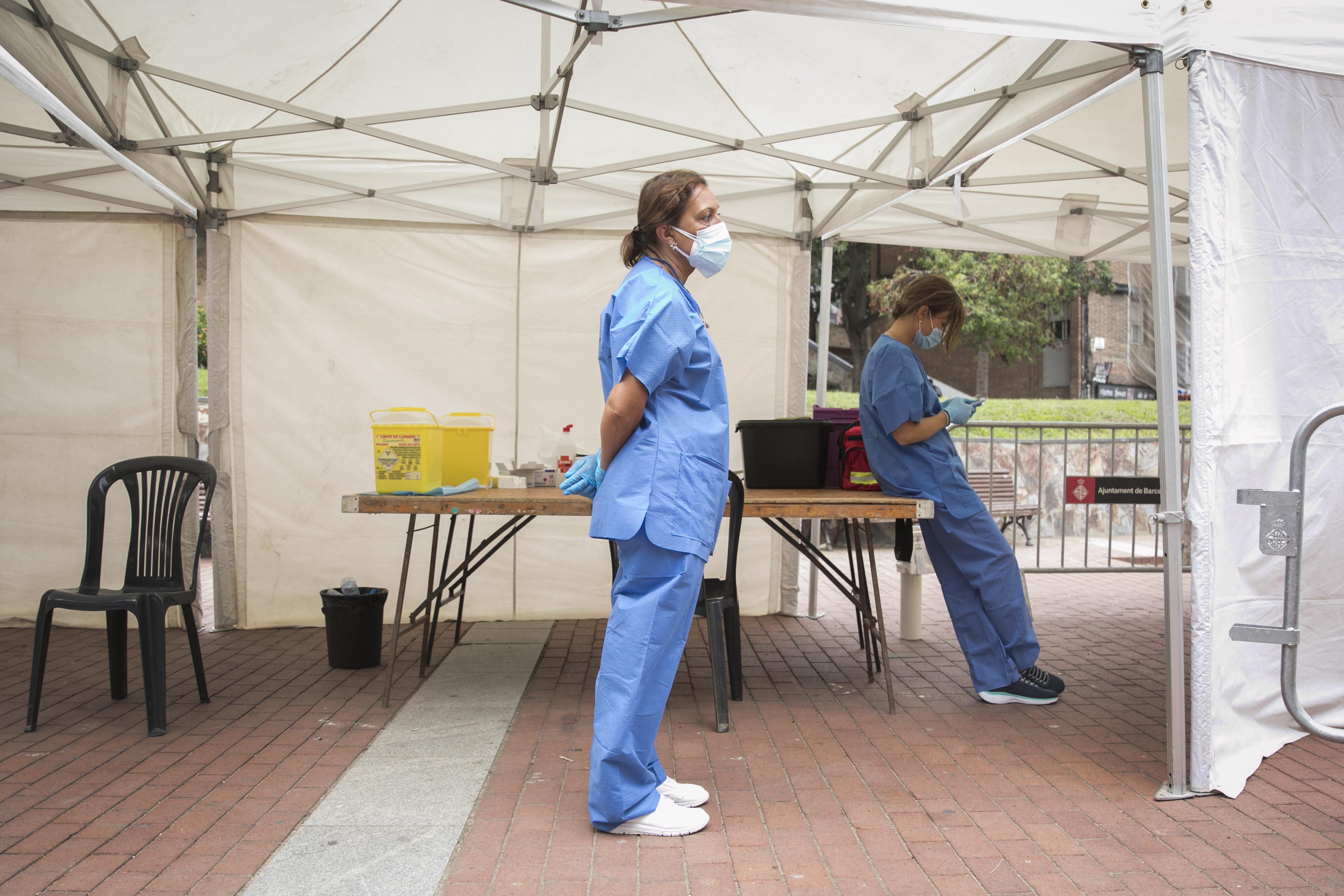 Las vacunas empiezan a caducar en Cataluña tras la caída del ritmo de inoculación
