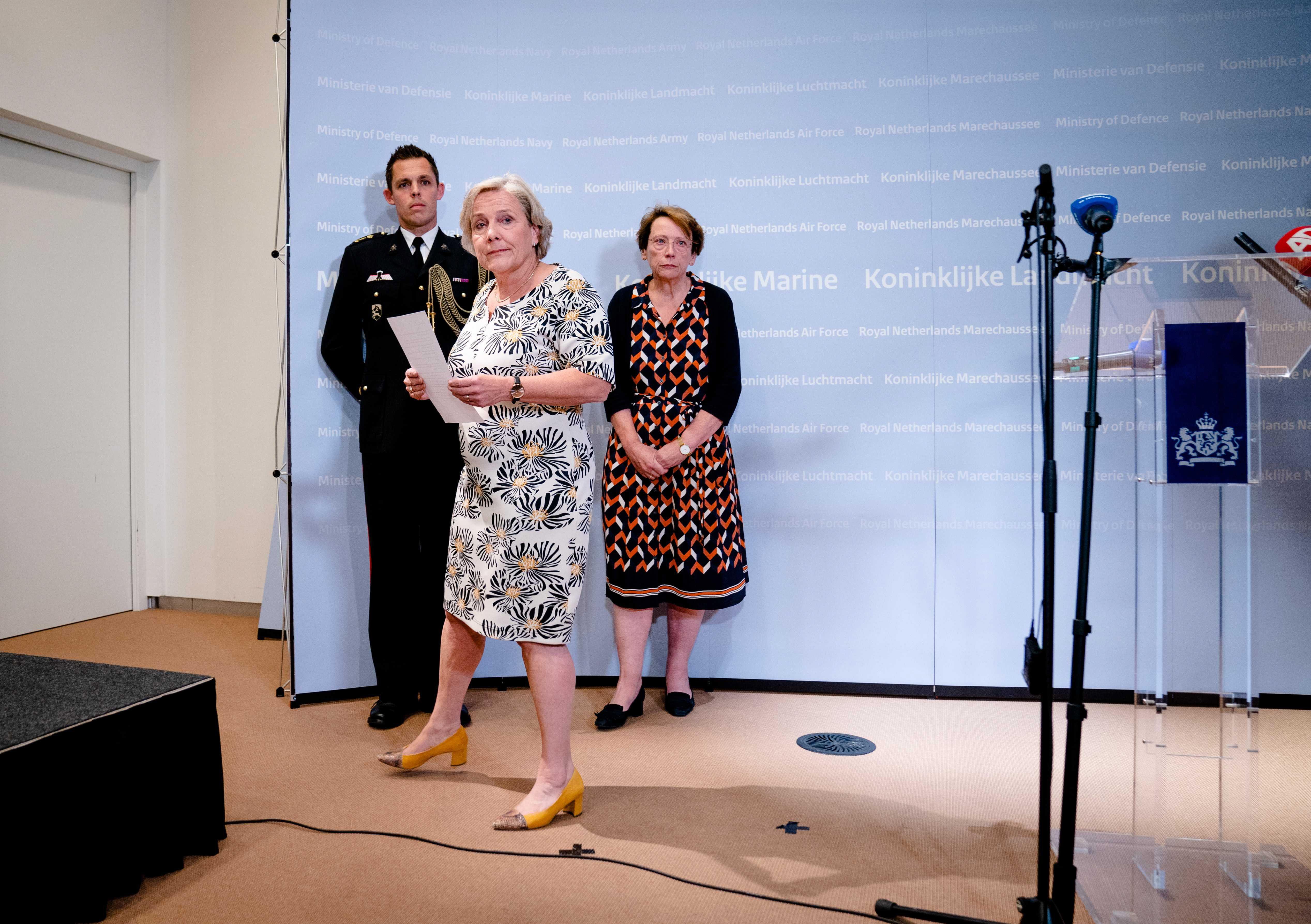 La dimisión de la ministra de Defensa agrava la crisis en Países Bajos por las evacuaciones de Afganistán