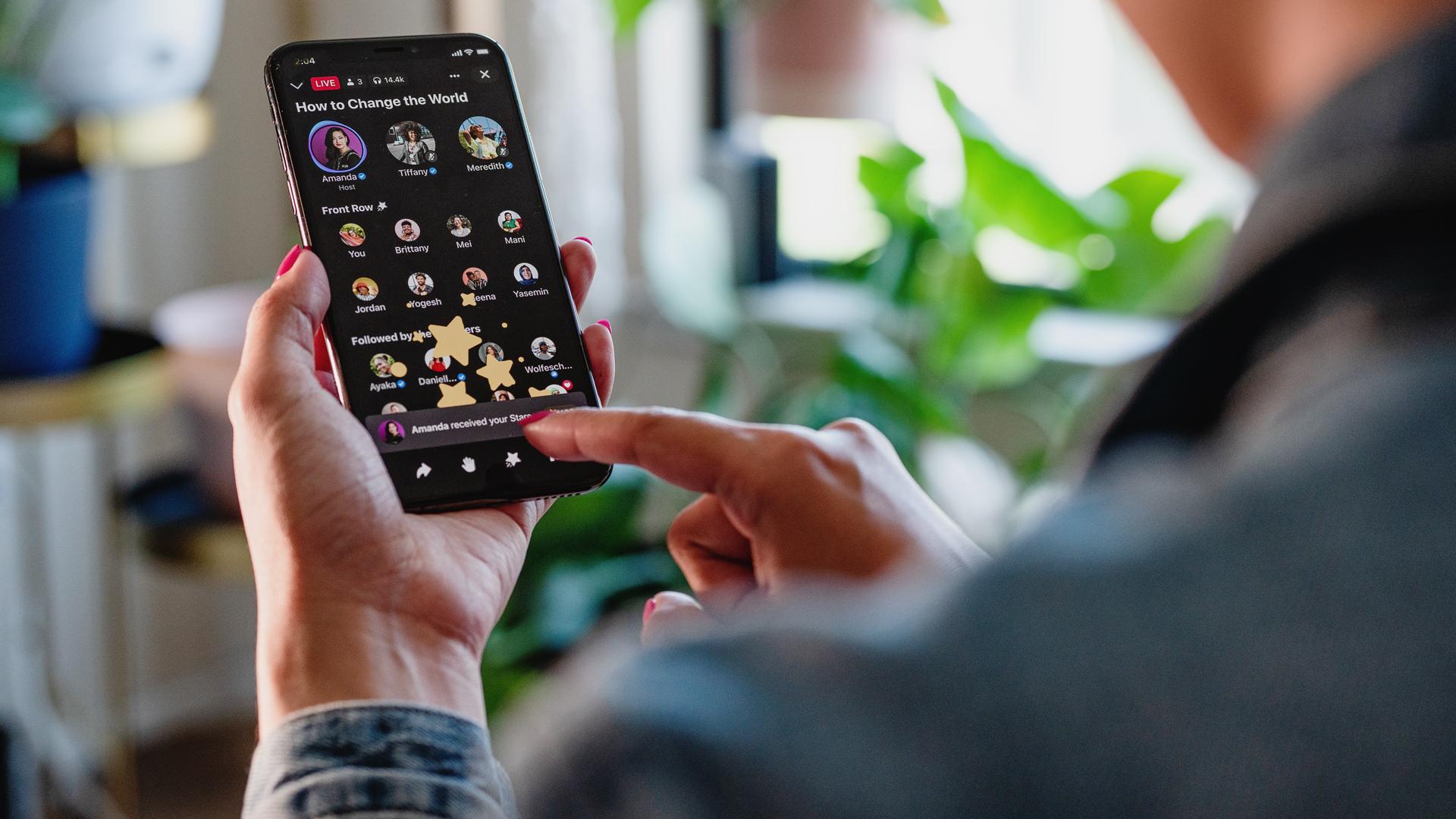 Facebook estrena propio Clubhouse y su lanza su plataforma de audios para competir con Spotify