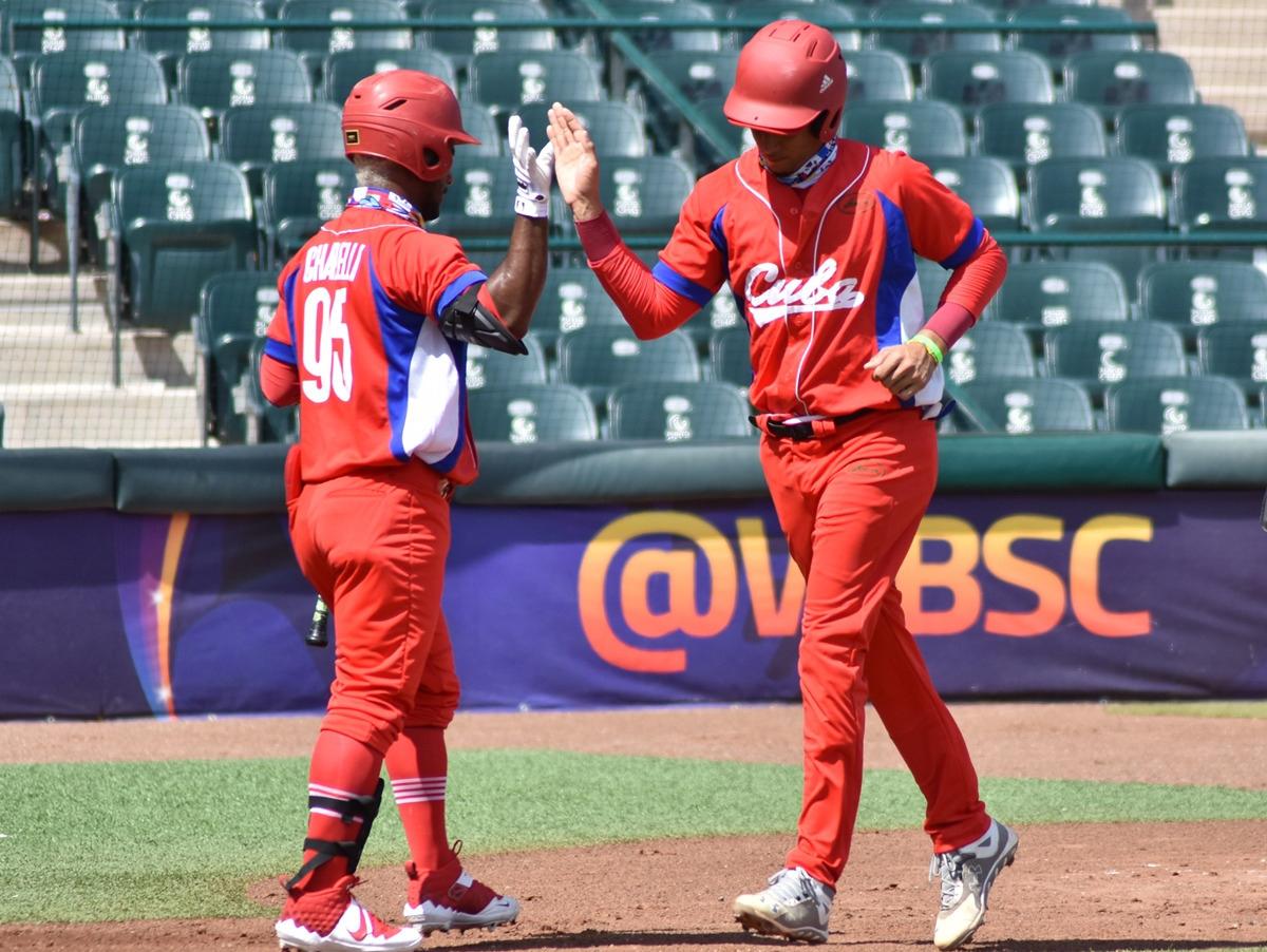 Huida masiva en el béisbol cubano