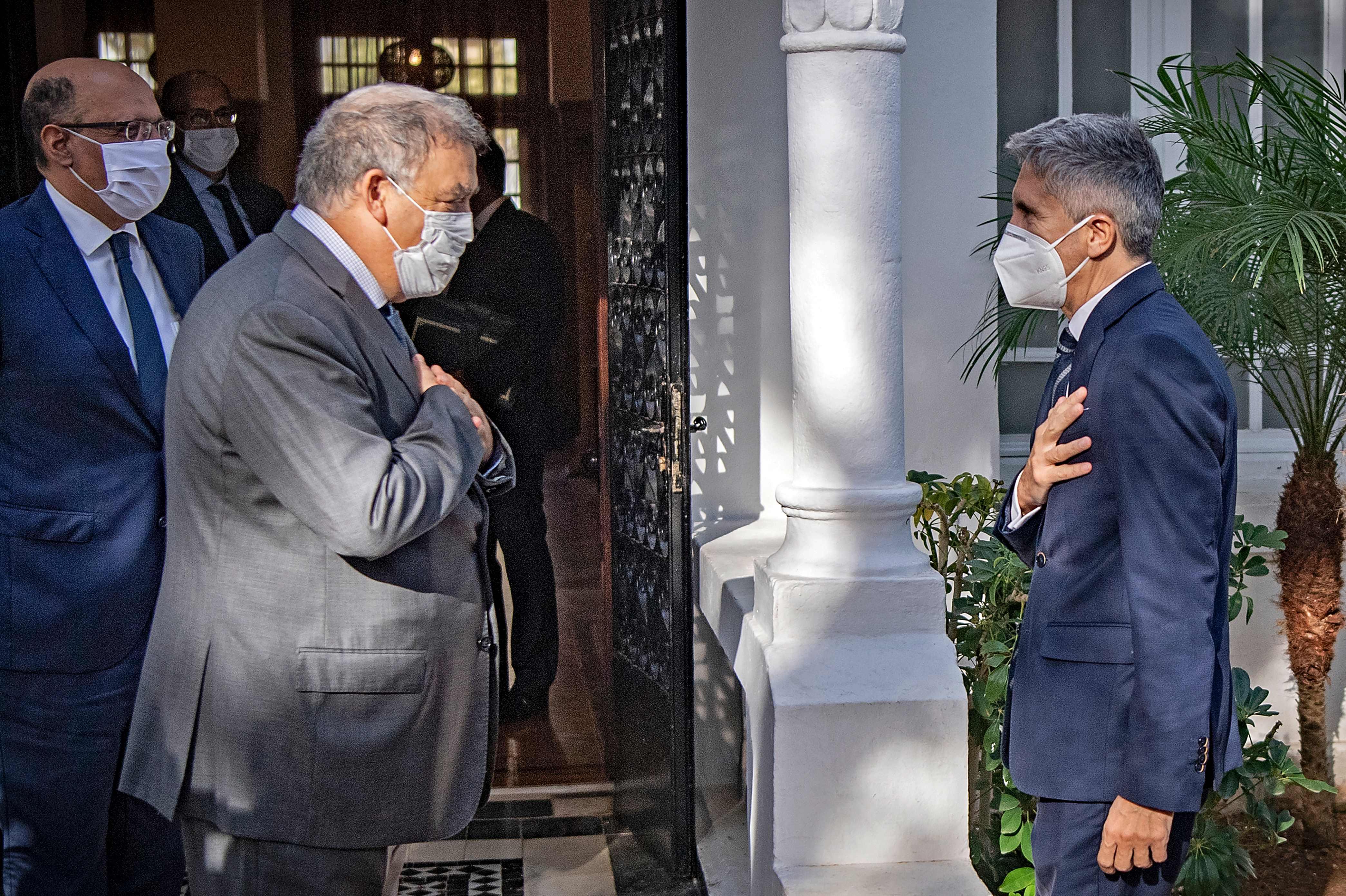 Marlaska pide a Marruecos mayor control de la costa frente a Canarias para evitar la salida de pateras