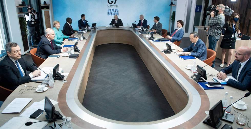 Los líderes del G-7 se comprometen a donar mil millones de vacunas contra la covid para 2022