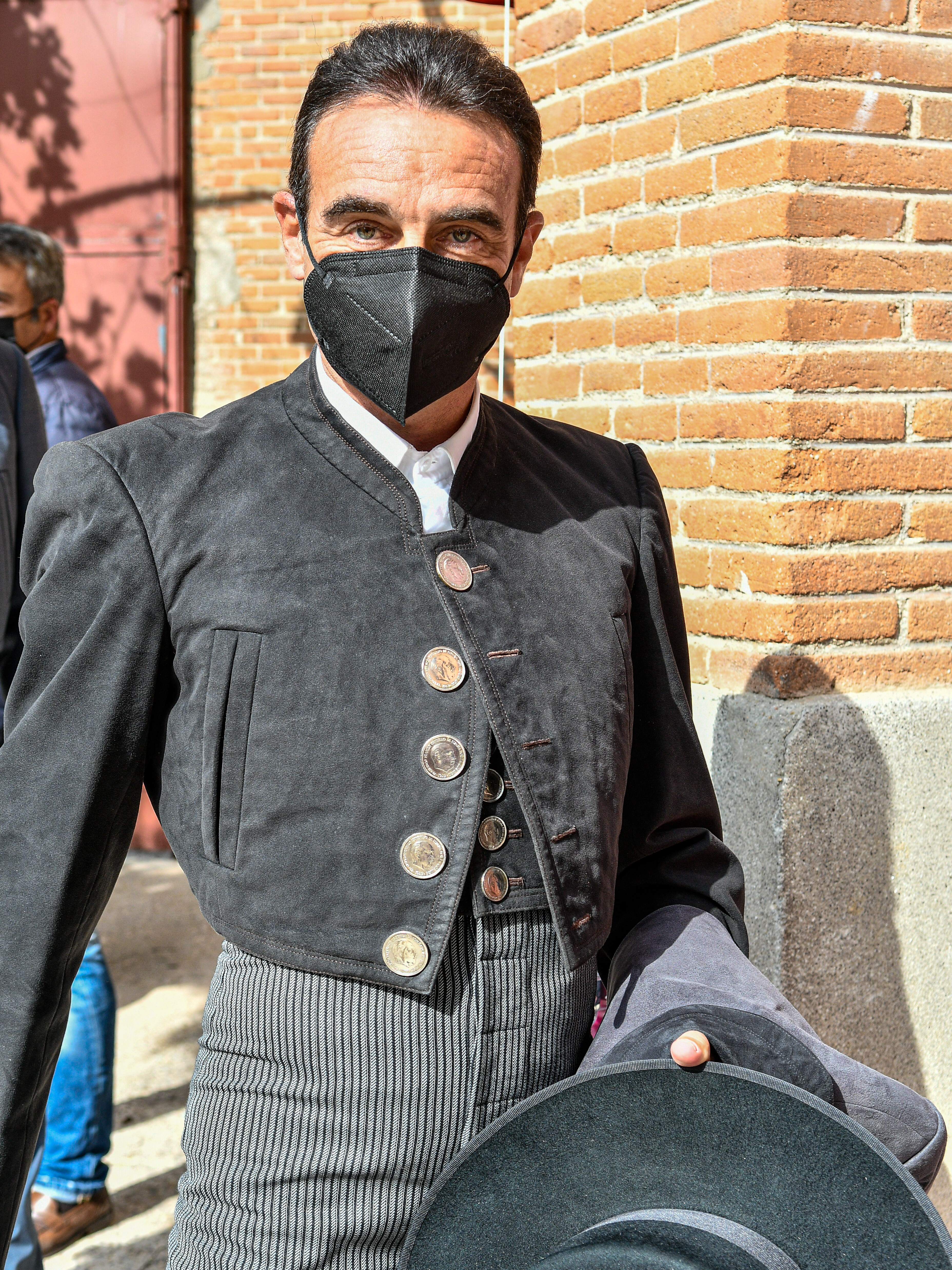 The bullfighter Enrique Ponce, on May 2 in Las Ventas, with the effigy of Franco on the button of his jacket.