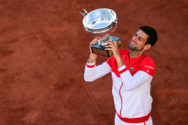 Con 19 grandes, Djokovic redobla su amenaza