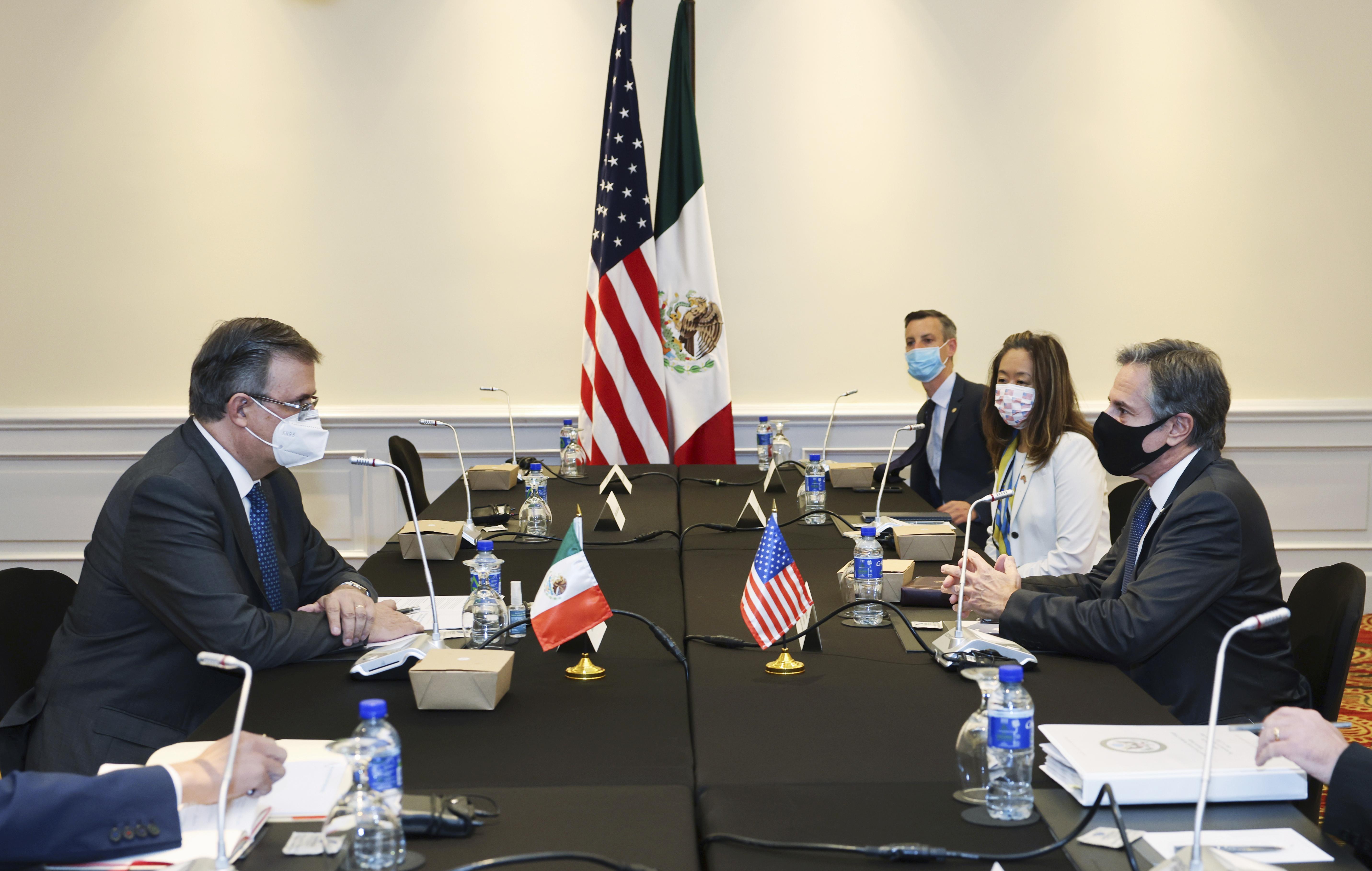 """México exigirá a EE UU que frene el tráfico de armamento: """"No me mandes armas ni helicópteros"""""""