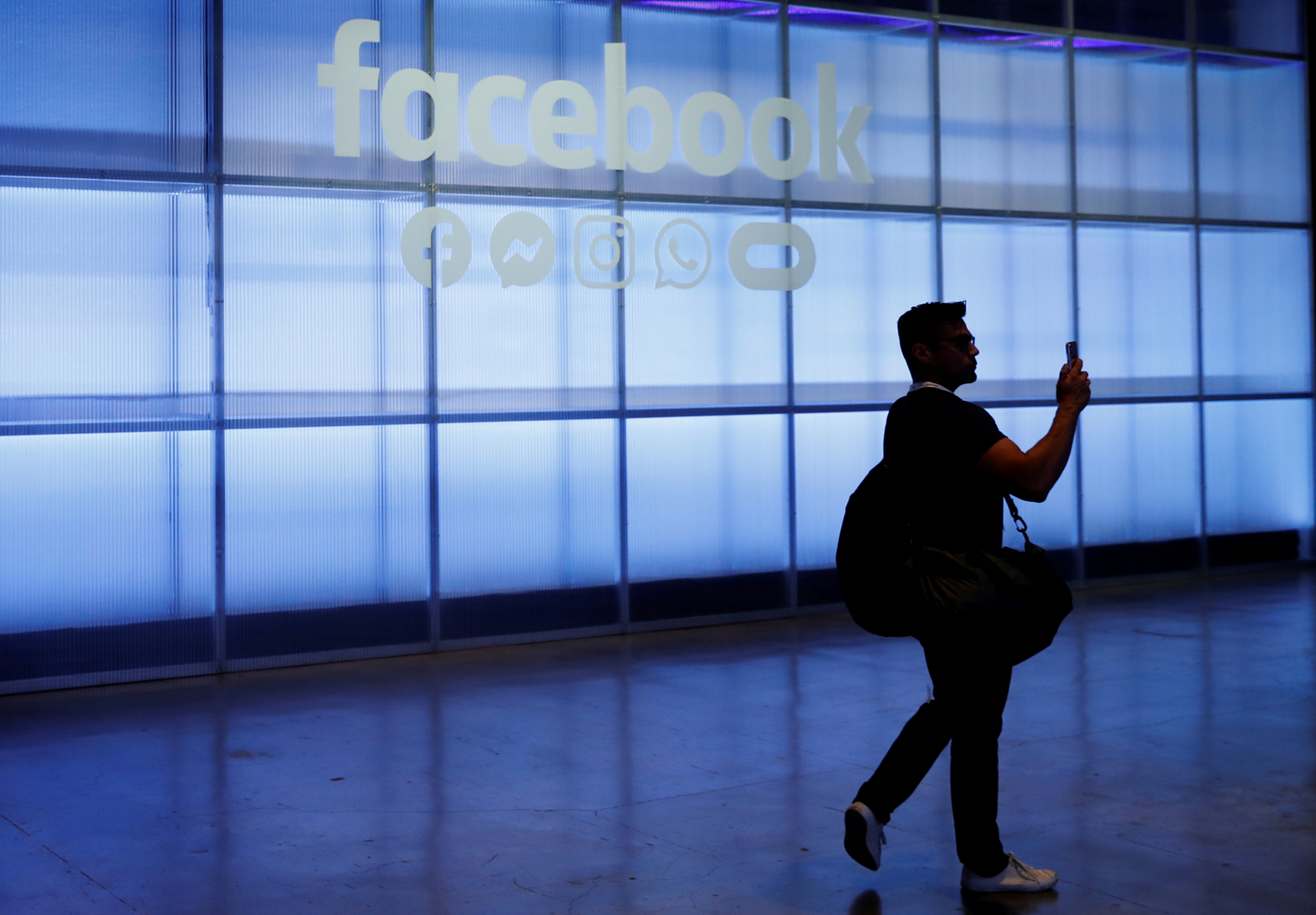 Rusia amenaza con silenciar a los gigantes de Internet al considerar que ?censuran? a los medios estatales