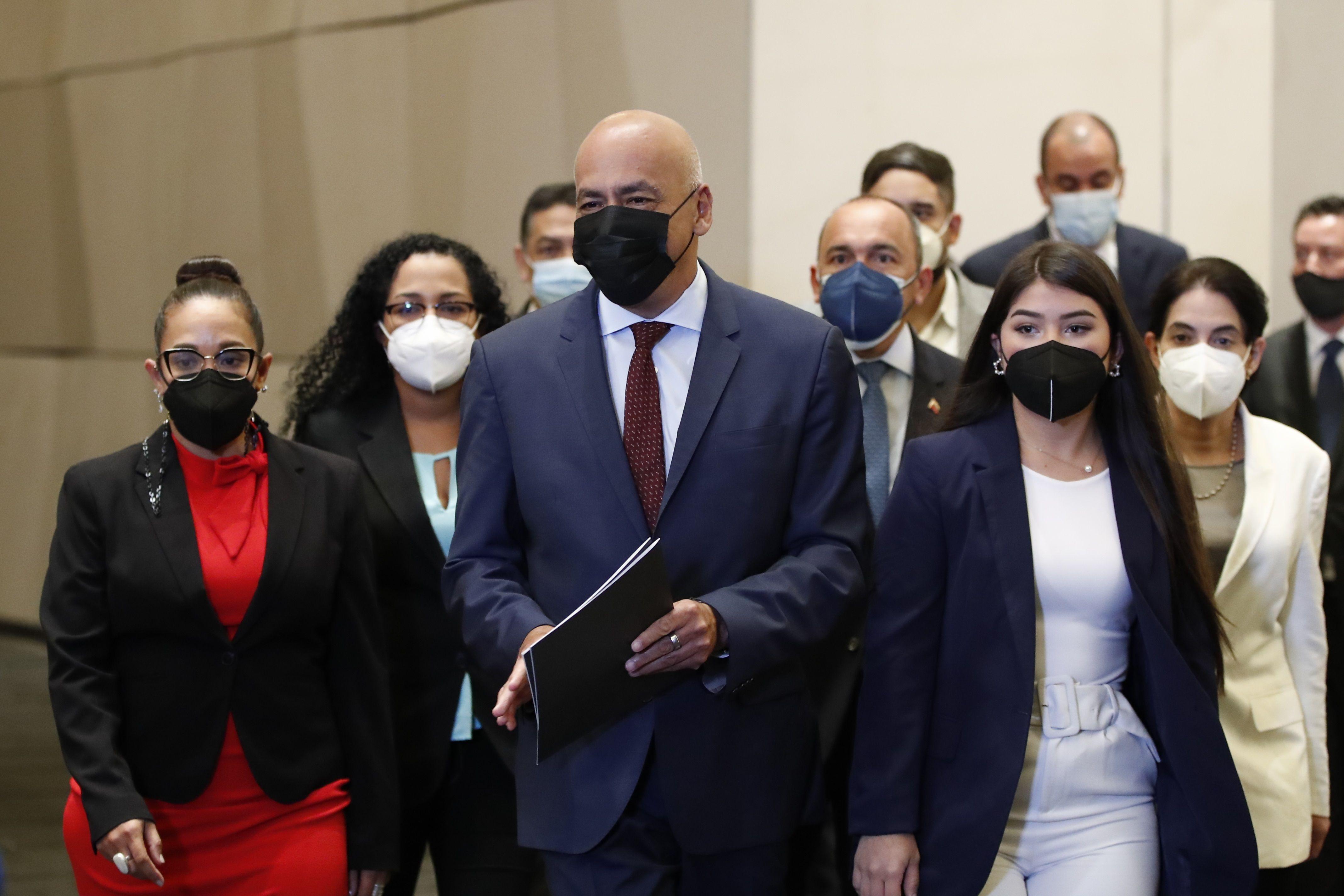 Venezuela pacta