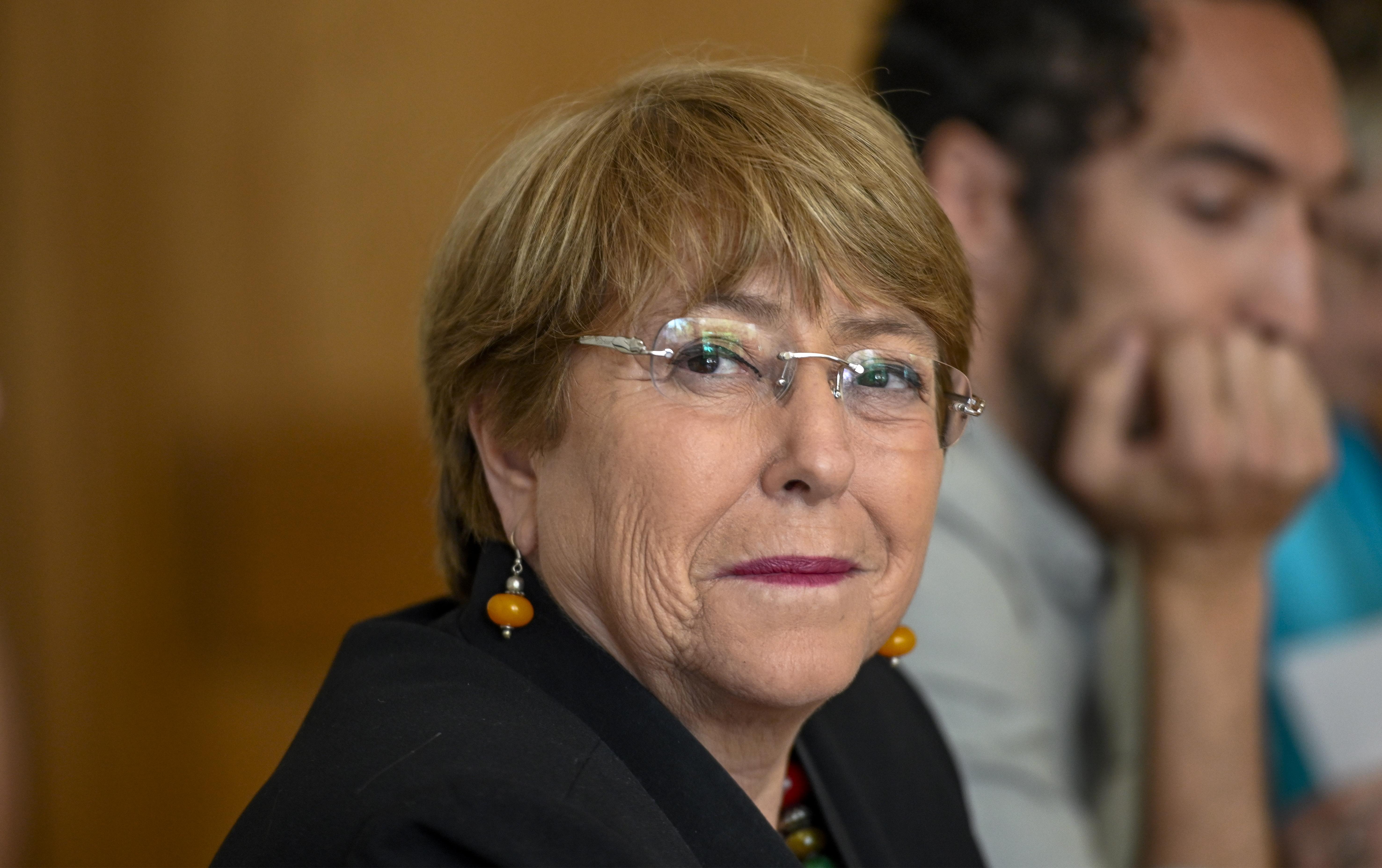 """Michelle Bachelet: """"De los 12 países que mejor enfrentaron la pandemia, nueve están manejados por mujeres"""""""