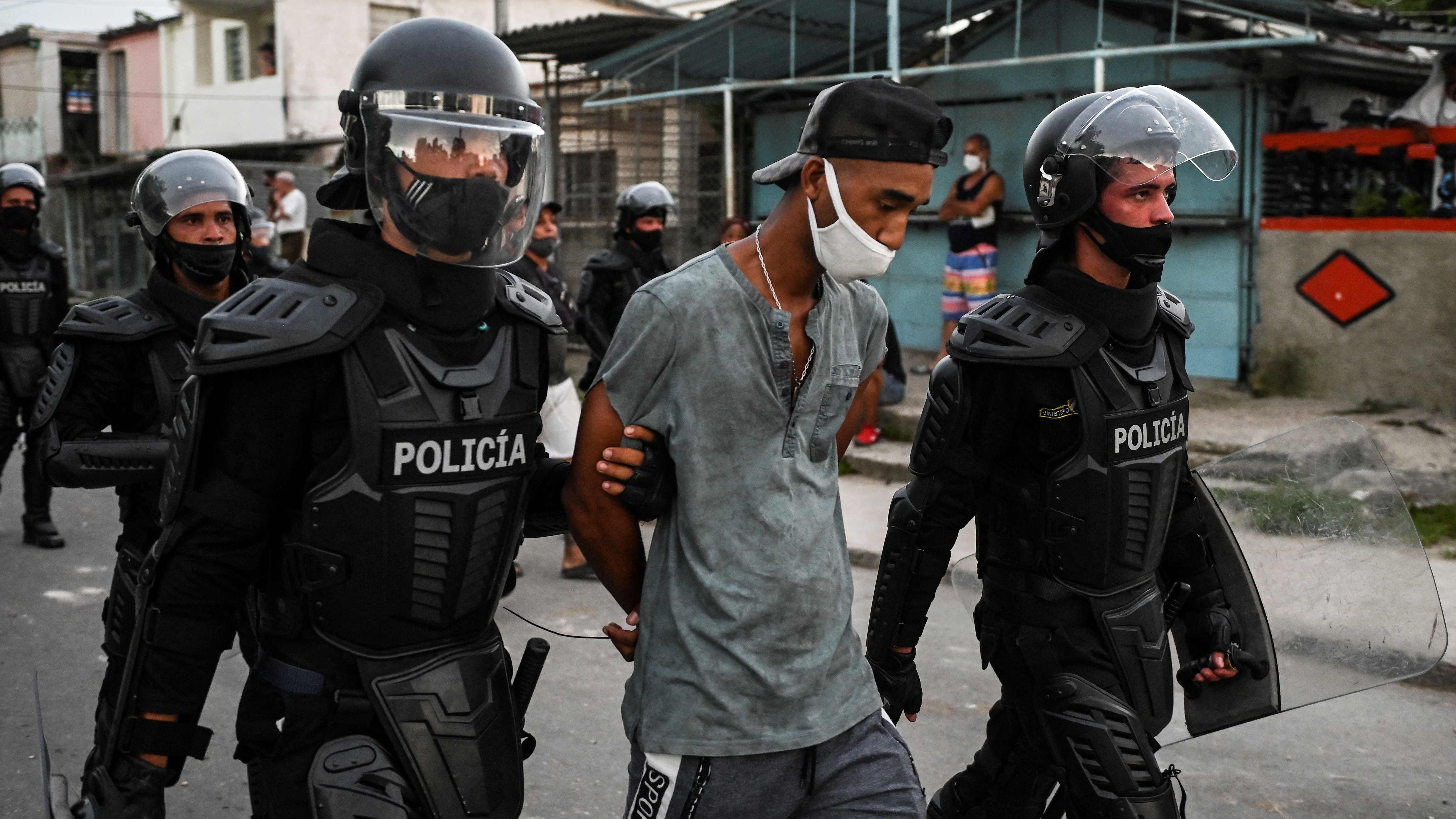 Comienzan en Cuba los juicios sumarísimos contras los participantes en las protestas del 11 de julio