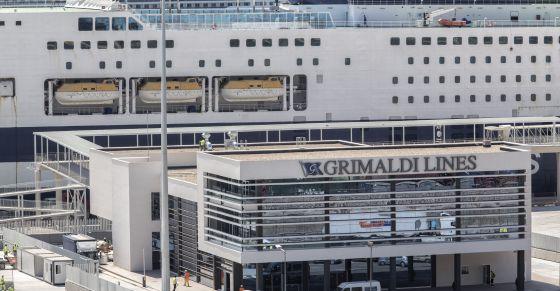 Grimaldi se hace con el negocio marítimo de Trasmediterránea en Baleares