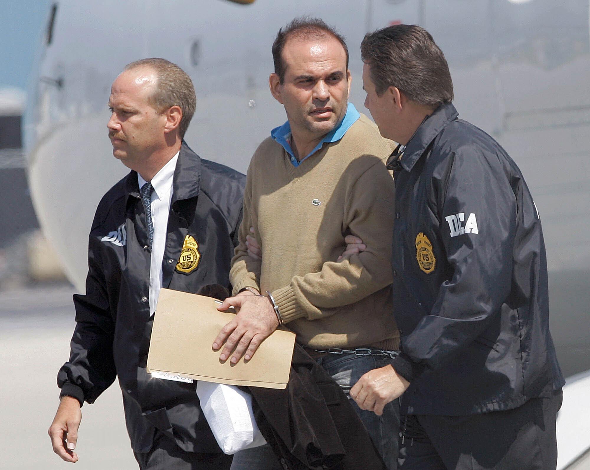 Salvatore Mancuso: El embajador de Colombia en Estados Unidos se defiende  de las acusaciones de un exjefe paramilitar | Internacional | EL PAÍS