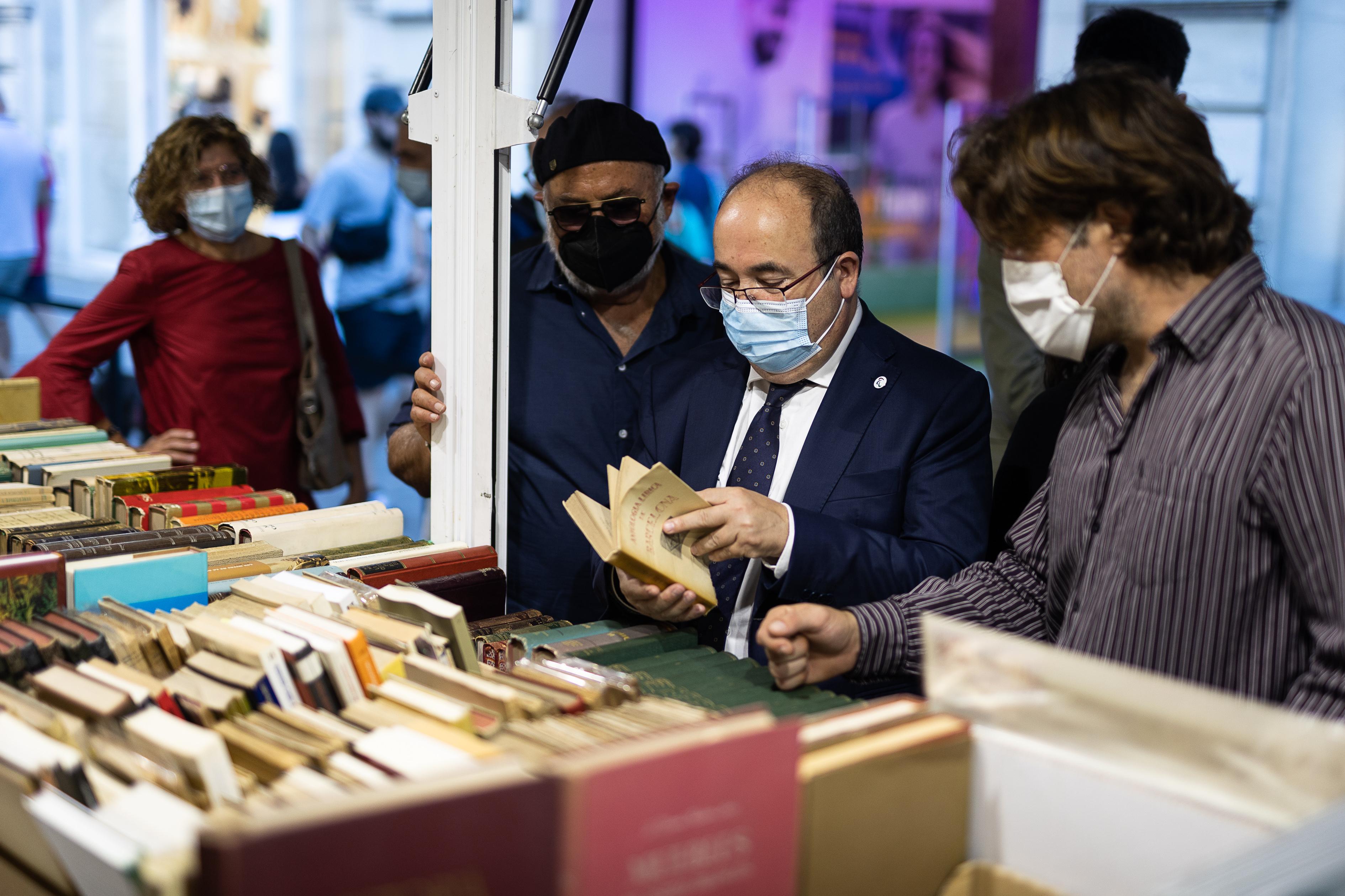 La Feria del Libro de Ocasión, Antiguo y Moderno de Barcelona espera ya a un púbico más joven