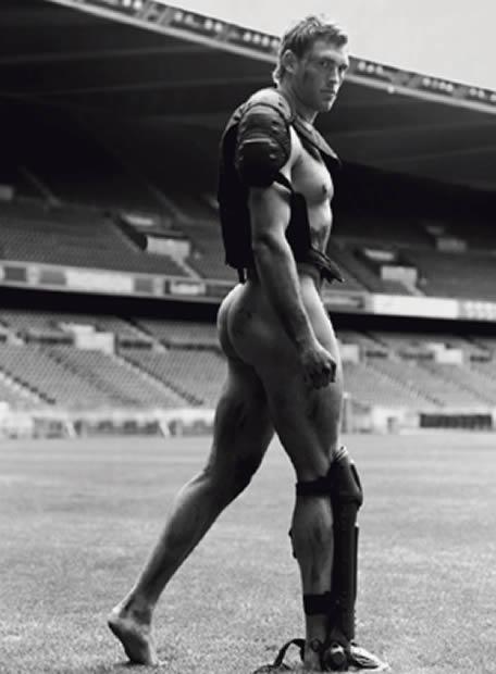 Las agencias de publicidad seguirán explotando la imagen de los deportistas, valga la imagen de este jugador de la selección francesa de rugby.