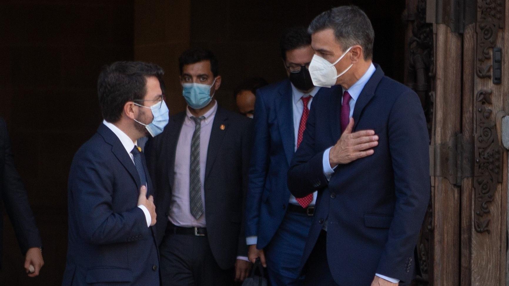 Sánchez y Aragonès se enfrentan a dos años de turbulencias pese a su voluntad de blindar el diálogo