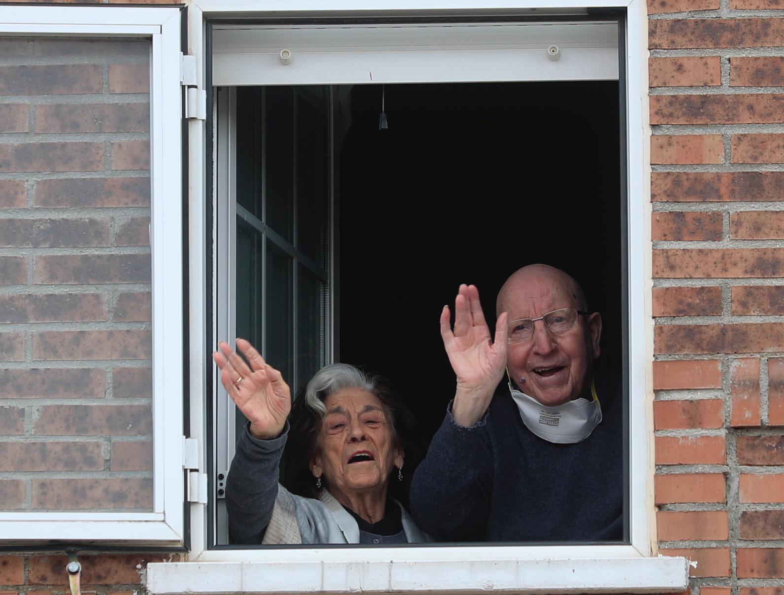 Coronavirus: El matrimonio de 88 años que superó unido el virus ...