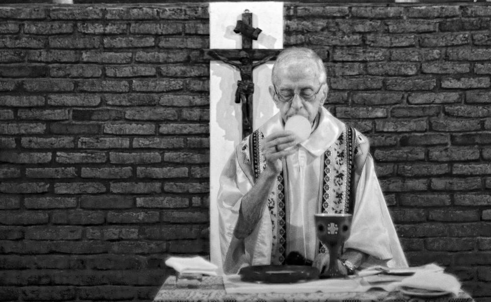 Muere el obispo Casaldáliga, referencia en la lucha por los ...