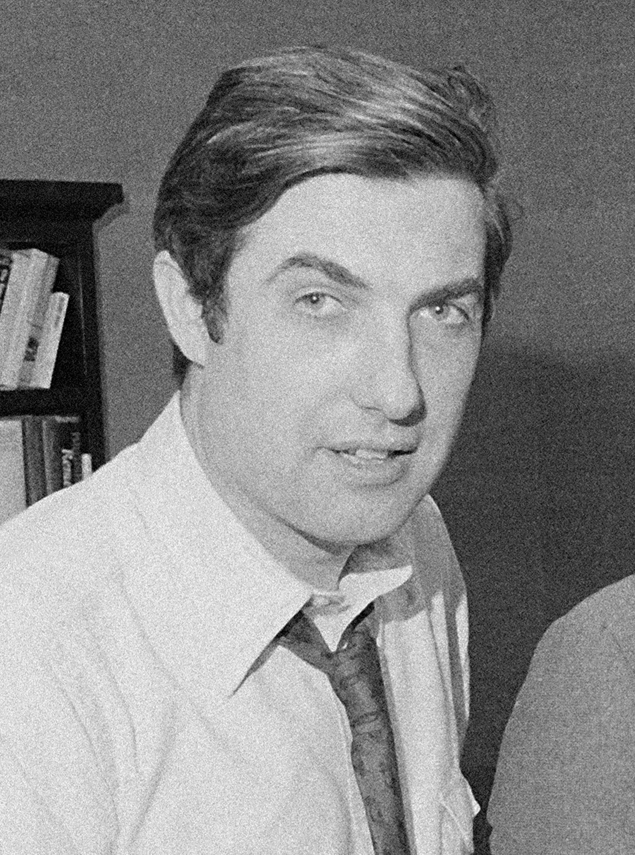 El periodista Neil Sheehan, en la redacción de 'The New York Times' en 1972.