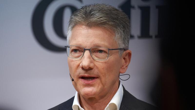 Conti-Chef Degenhart legt Amt vorzeitig nieder