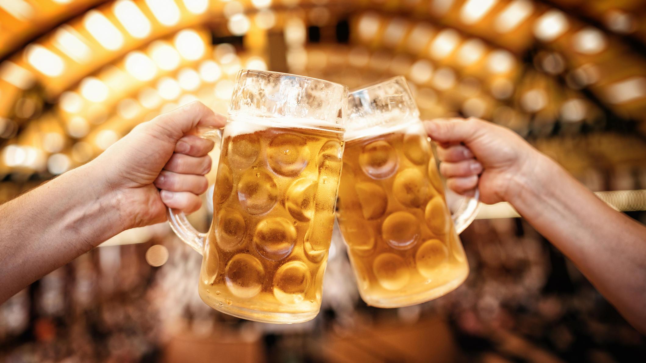 So viel kostet eine Maß Bier auf dem Oktoberfest