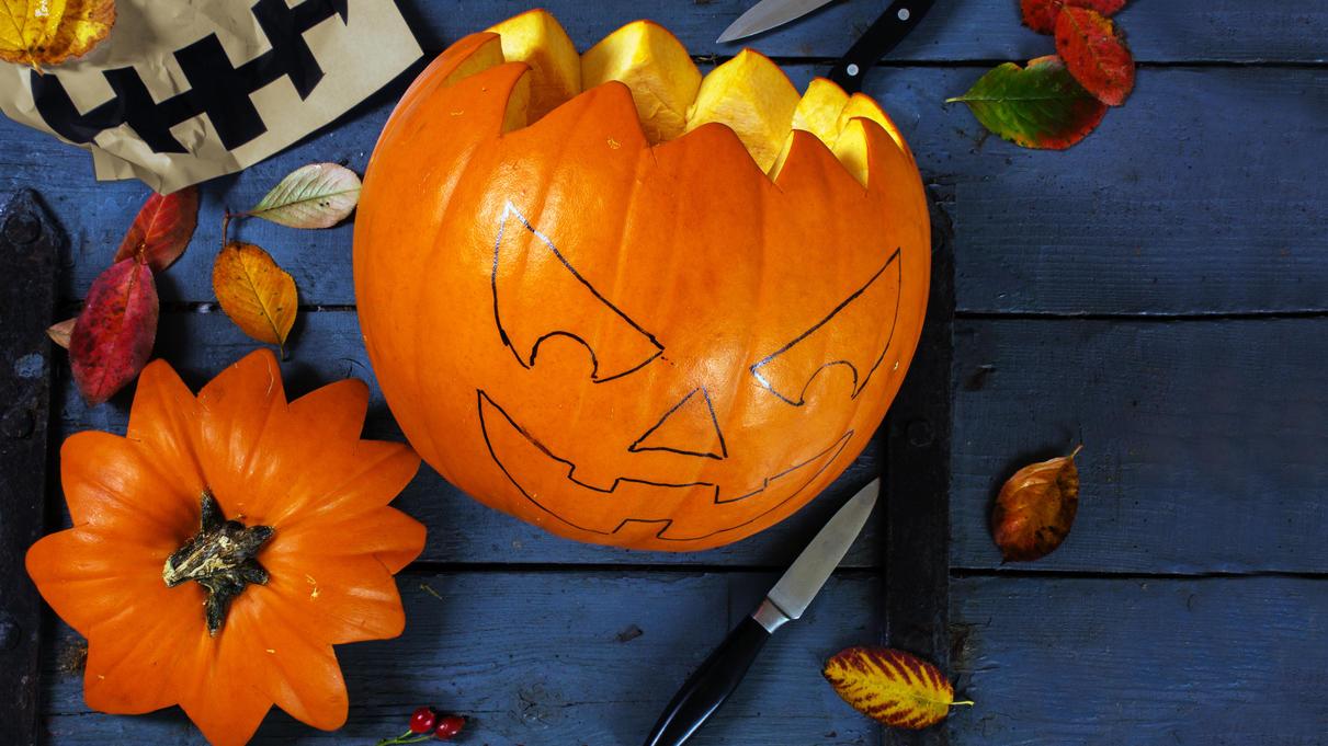Halloween Kurbis Schnitzen Einfache Anleitung Und Vorlagen Fur Gruselige Kurbisse