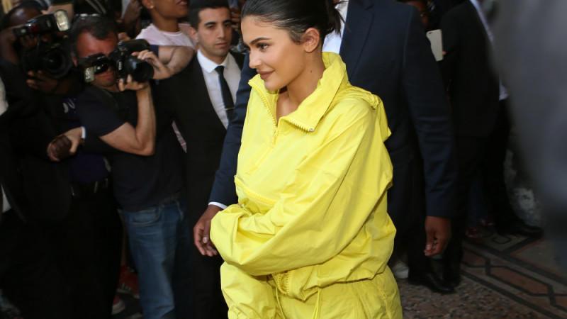 Kylie Jenner entwirft ihre eigene Bademoden-Kollektion