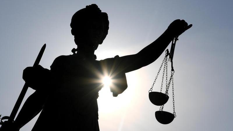 Schmuggel im Gefängnis? JVA-Beamter unter Verdacht