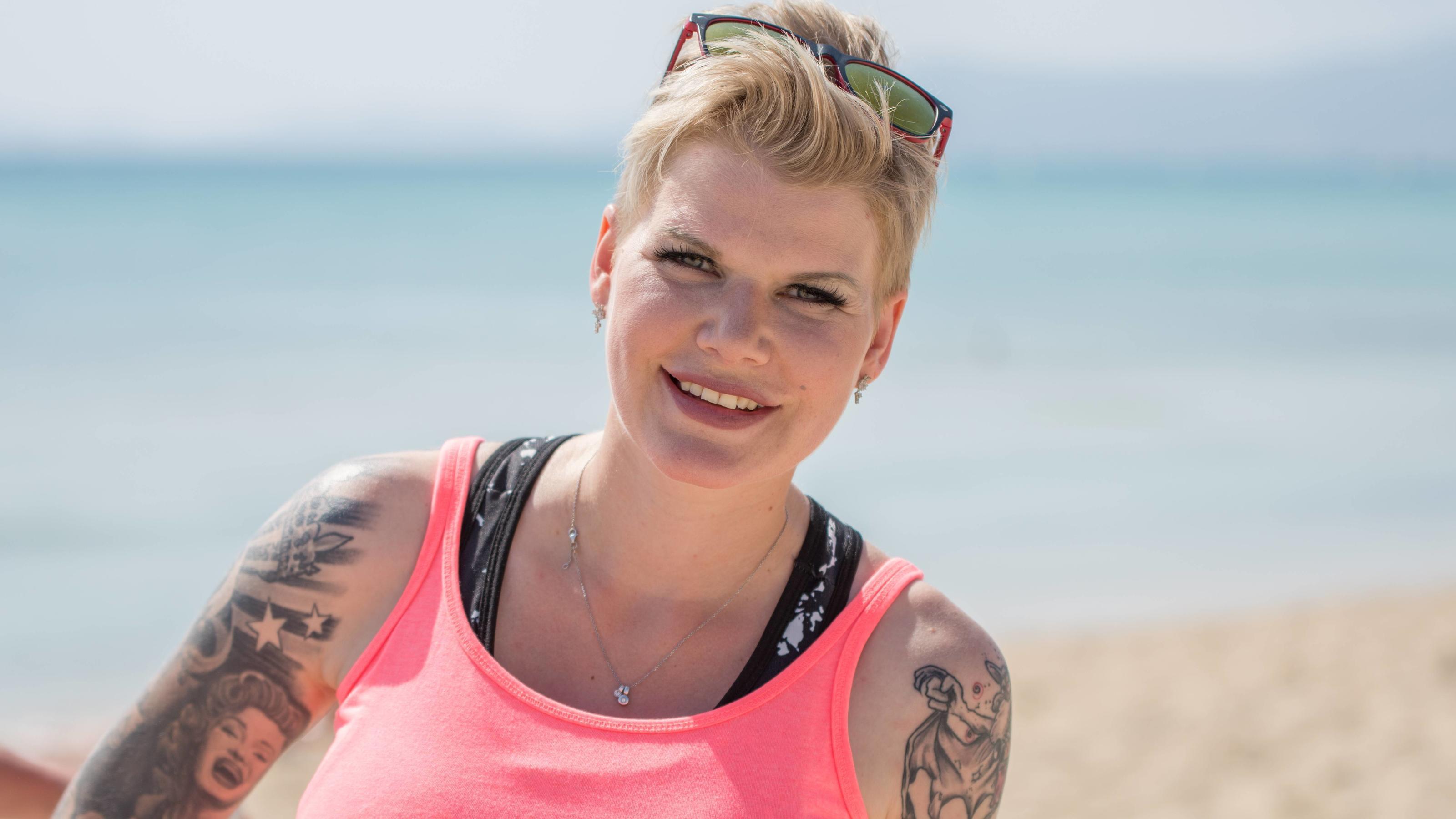 Melanie Müller erntet Shitstorm für Picknick-Foto - RTL Online