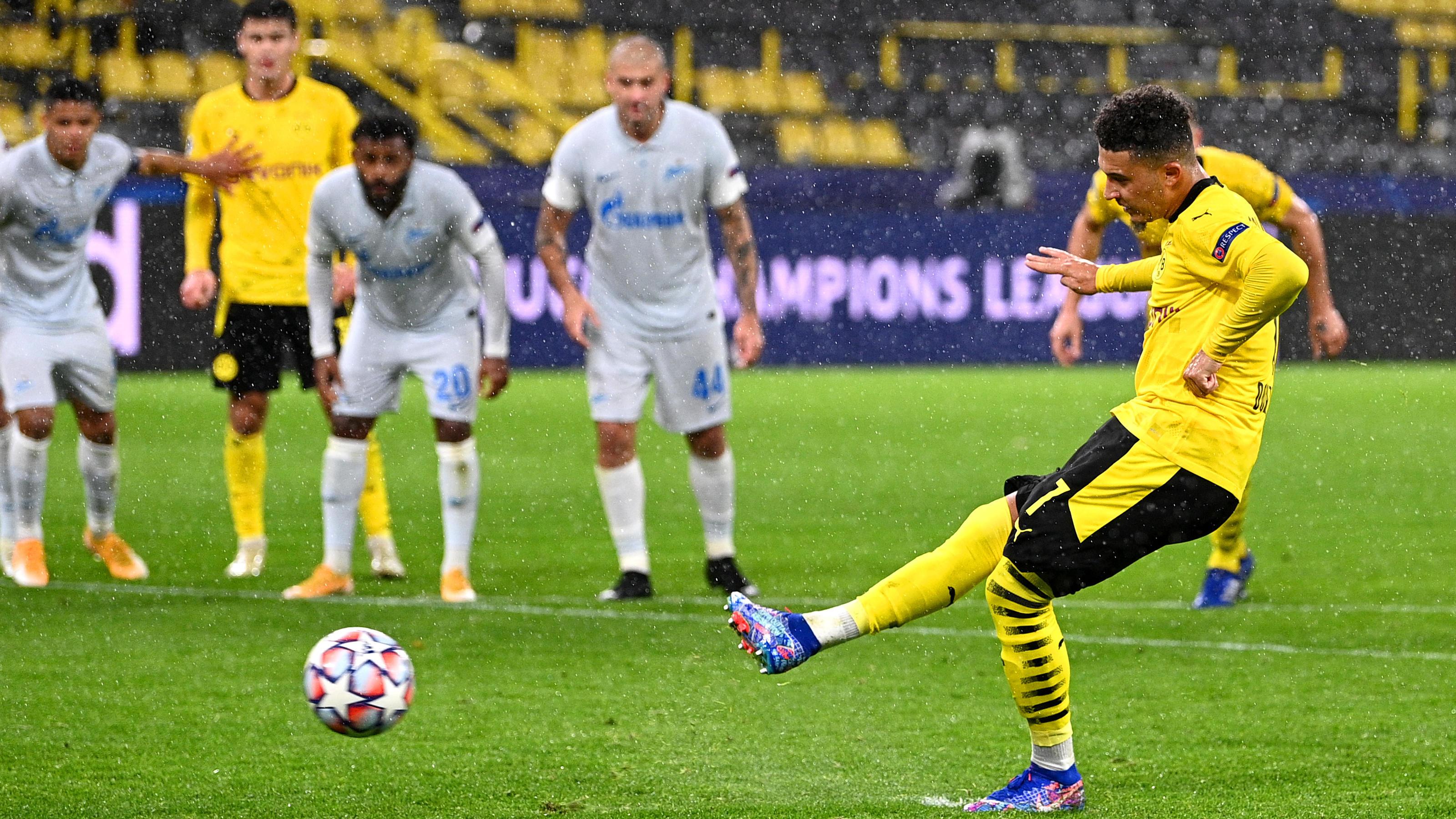 Champions League: Jadon Sancho rettet Borussia Dortmund , RB Leipzig zahlt Lehrgeld