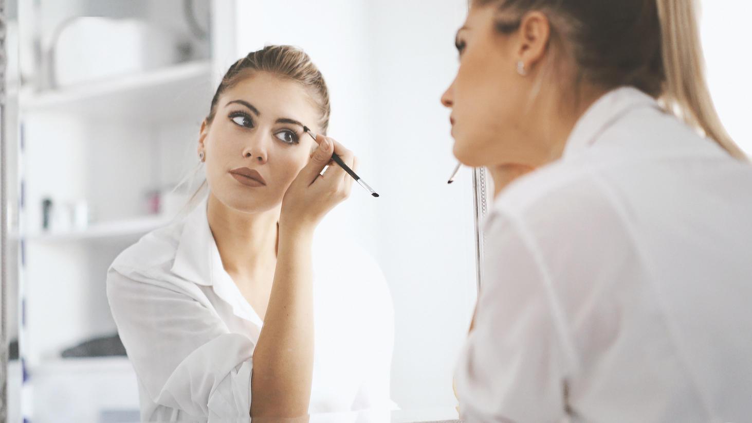 Krasser Effekt bei der Waage: Make-up passend zum Sternzeichen