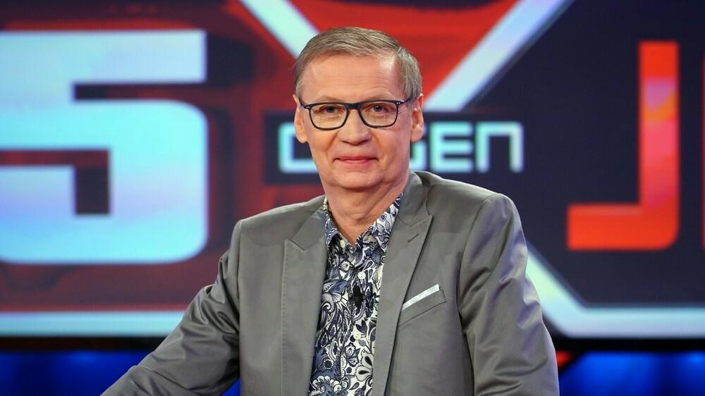 """Günther Jauch feiert TV-Comeback bei """"5 gegen Jauch"""""""