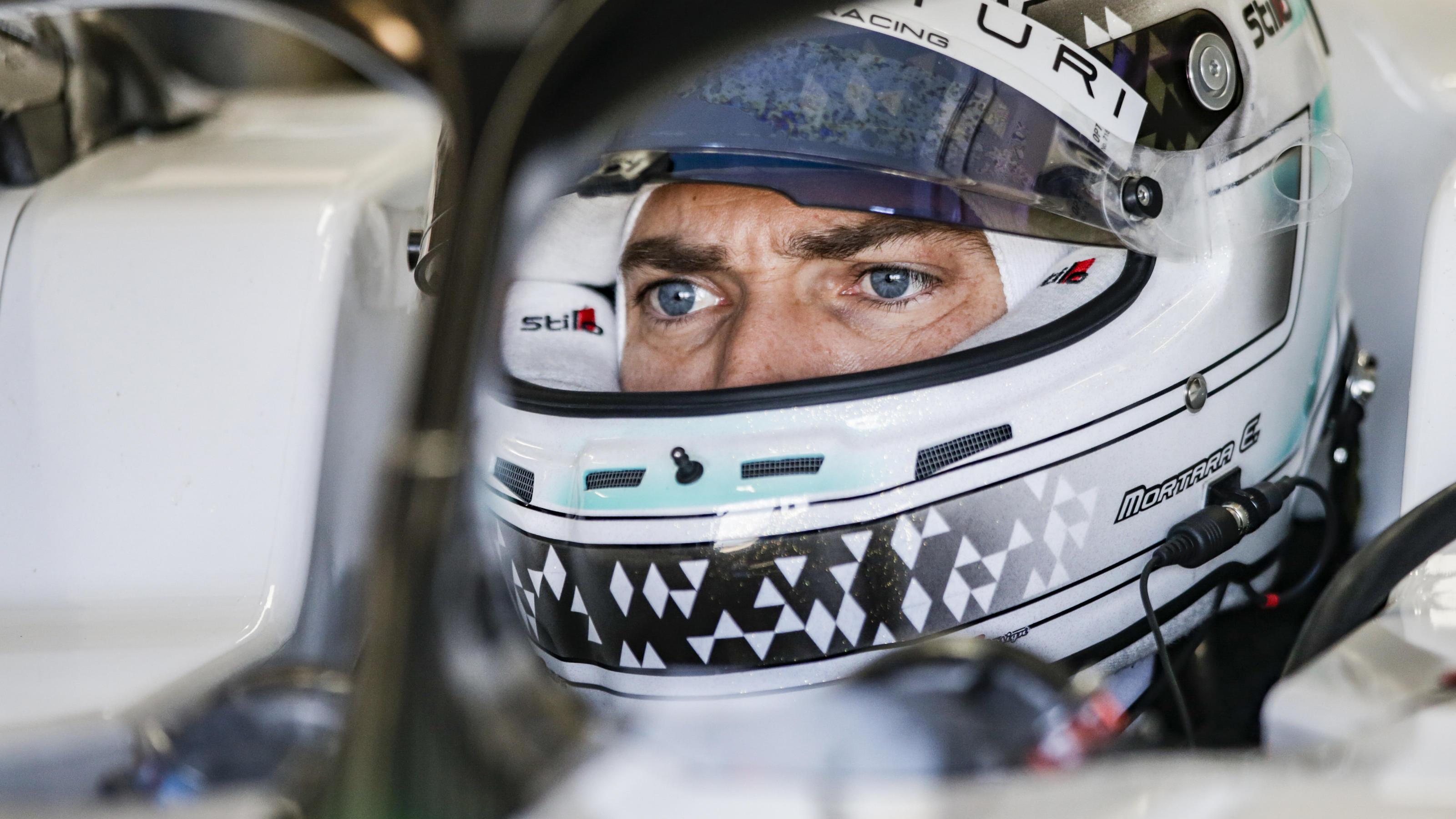 Formel E: Schwerer Unfall von Ex-DTM-Vizemeister Edoardo Mortara in Diriyah - mit 140 km/h in die Streckenbegrenzung