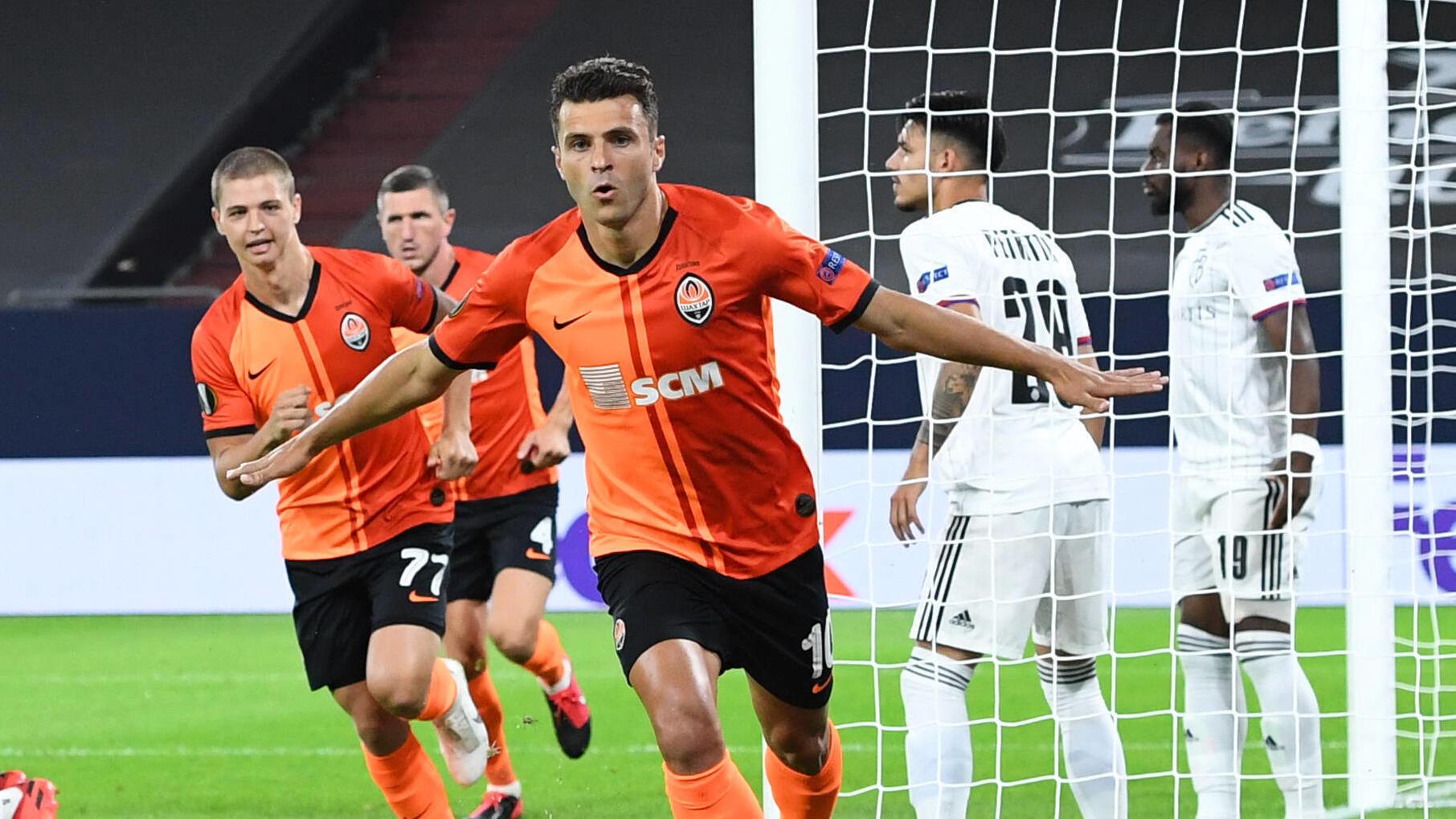 Schachtjor Donezk und der FC Sevilla sind eine Runde weiter