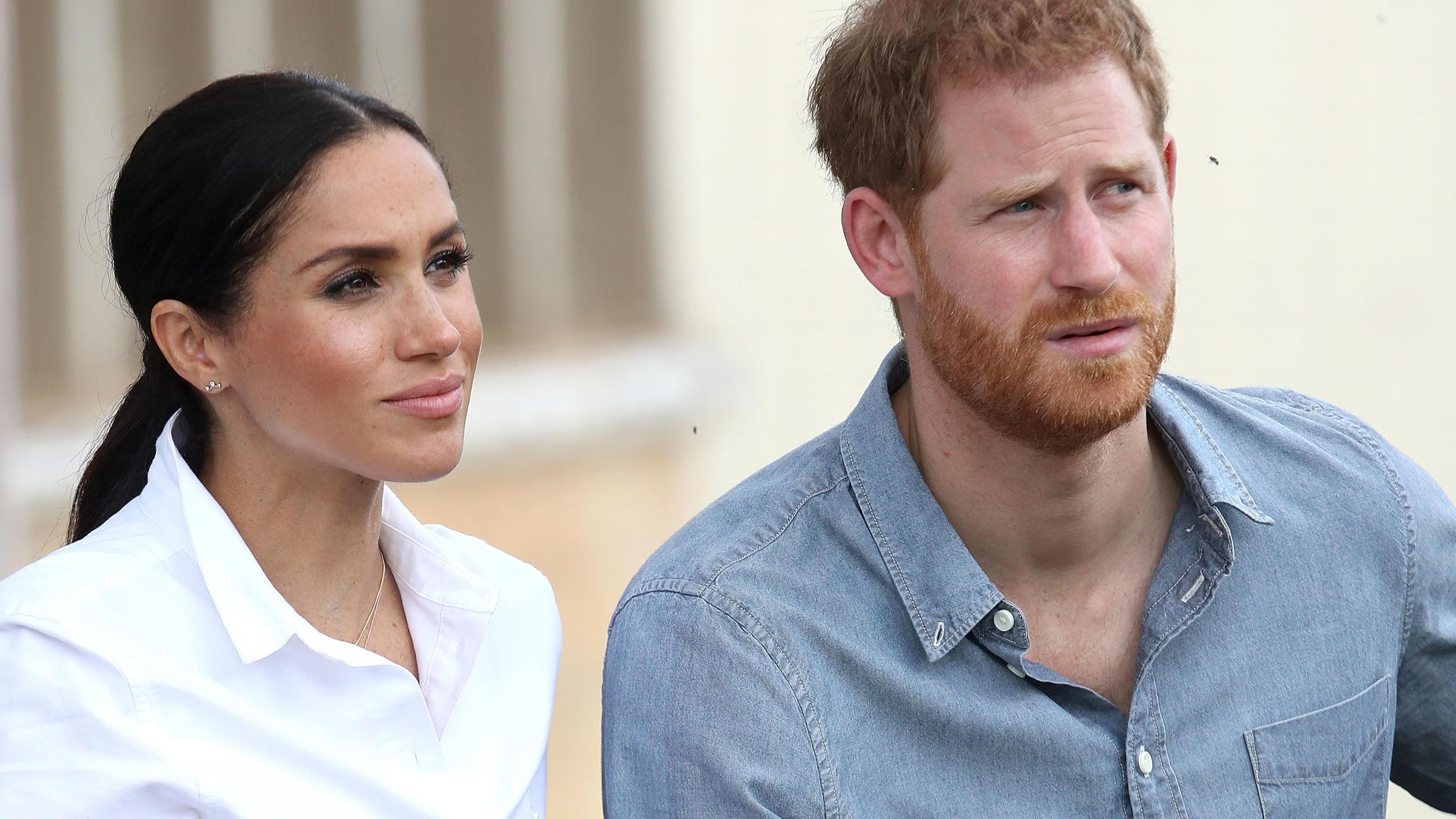 Prinz Harry & Herzogin Meghan: Palastmitarbeiter fordern, dass sie ihre royalen Titel abgeben