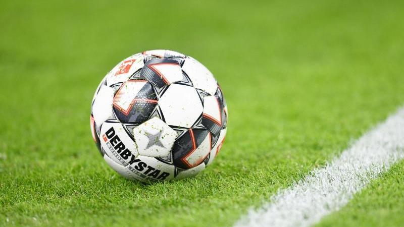 Hansa Rostock mit über 20.000 Fans gegen Sandhausen