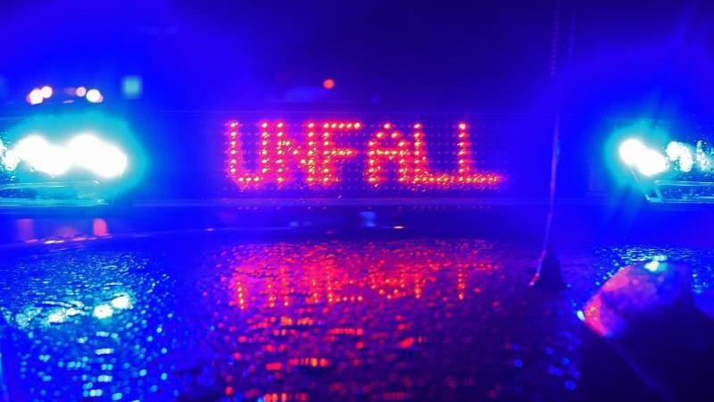 Frontalzusammenstoß in Unterfranken: 81-Jähriger stirbt