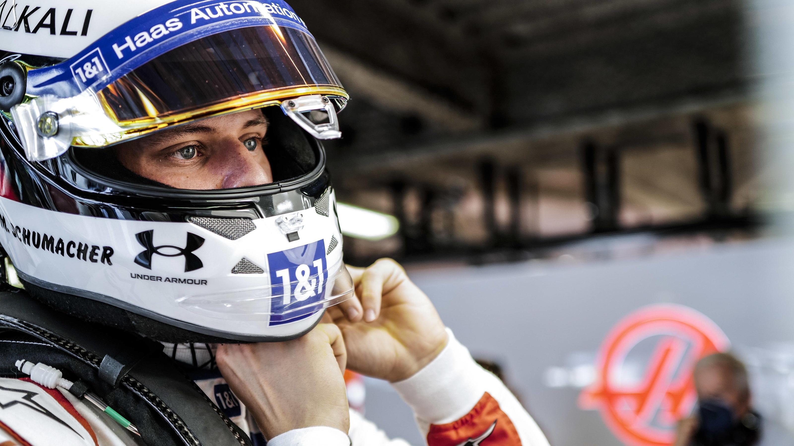 """Formel 1 - Offiziell: Mick Schumacher sitzt auch 2022 im Haas - """"Glaube daran, dass wir um Punkte kämpfen können"""""""