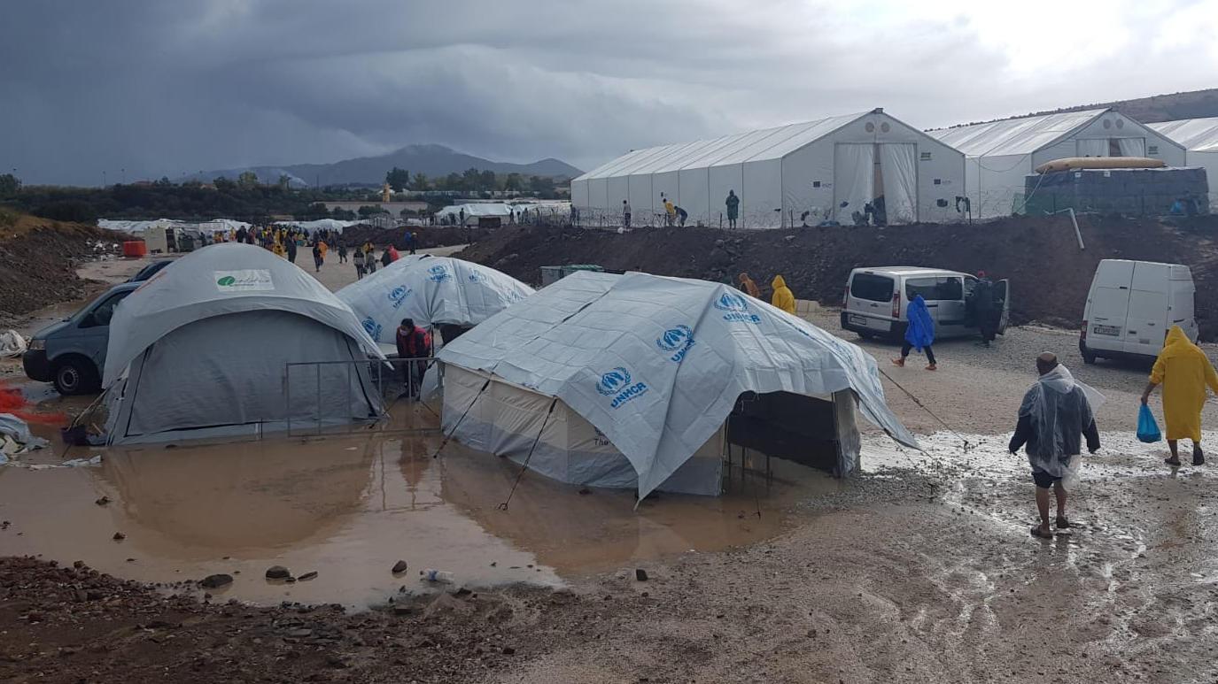 Neues Flüchtlingslager Moria auf Lesbos überflutet