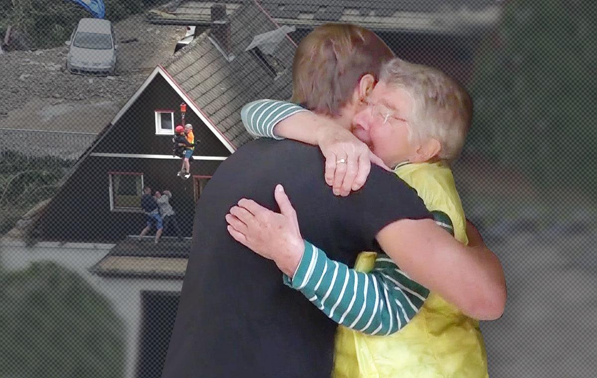 """ER half ihr aus der Flut - Oma """"Hilde"""" trifft ihren Retter wieder"""