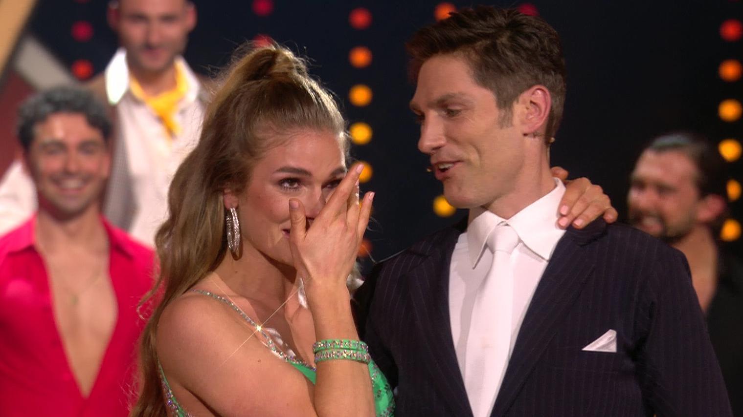 Let's Dance 2021: Christian Polanc wählt Lola Weippert und löst Tränen-Alarm aus - RTL Online