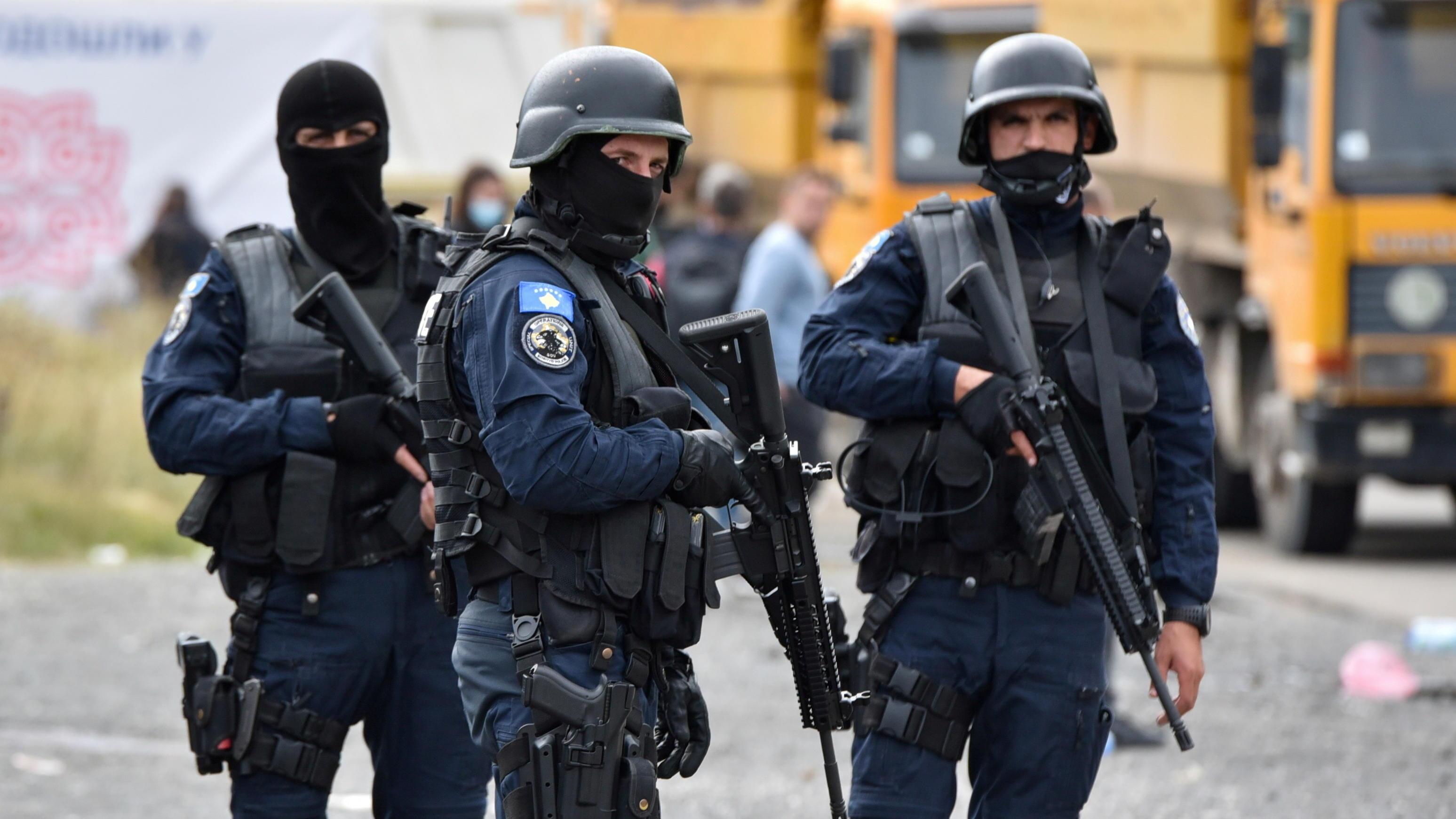 Wegen Autokennzeichen: Serben-Präsident droht Kosovo mit Krieg - und setzt NATO 24-Stunden-Ultimatum