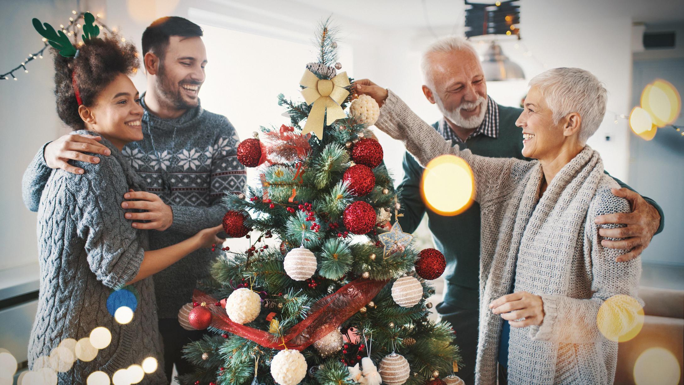 Künstliche Weihnachtsbäume: Eine Alternative zur echten Tanne?