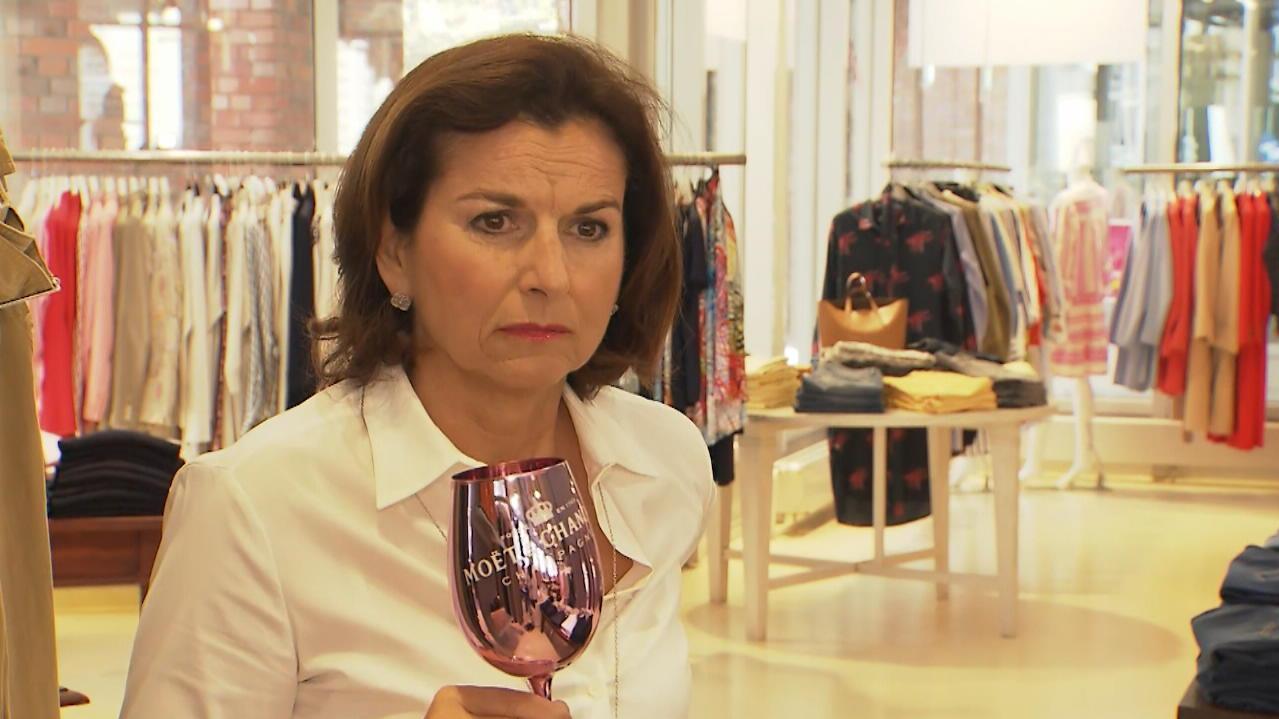 Claudia Obert kann die Miete für ihr Modegeschäft nicht mehr zahlen - RTL Online