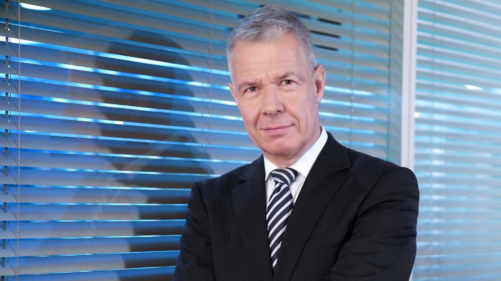 Peter Kloeppel bleibt 4 weitere Jahre bei RTL...