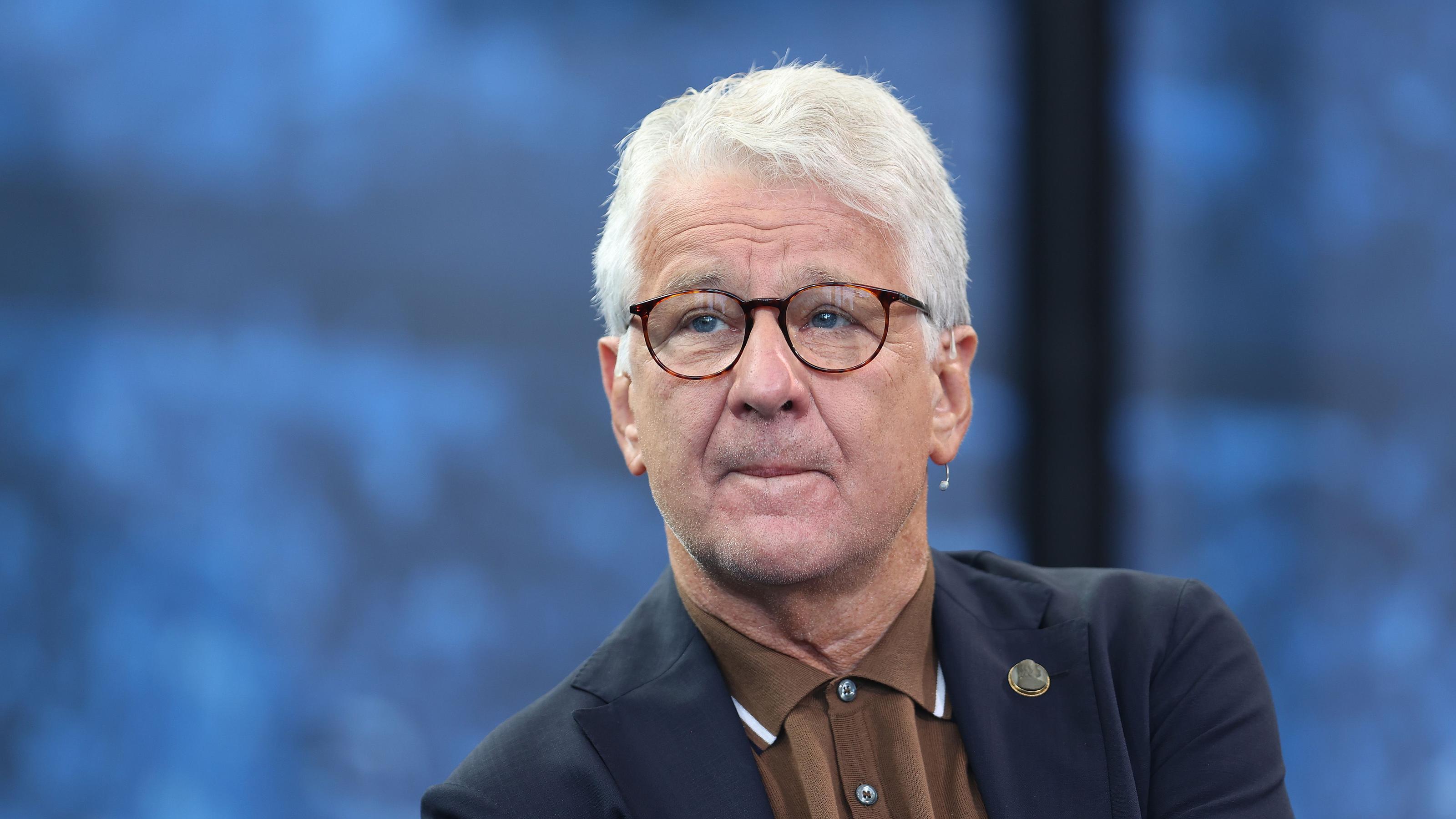 Marcel Reif empfiehlt `Abreibung` für Breel Embolo...