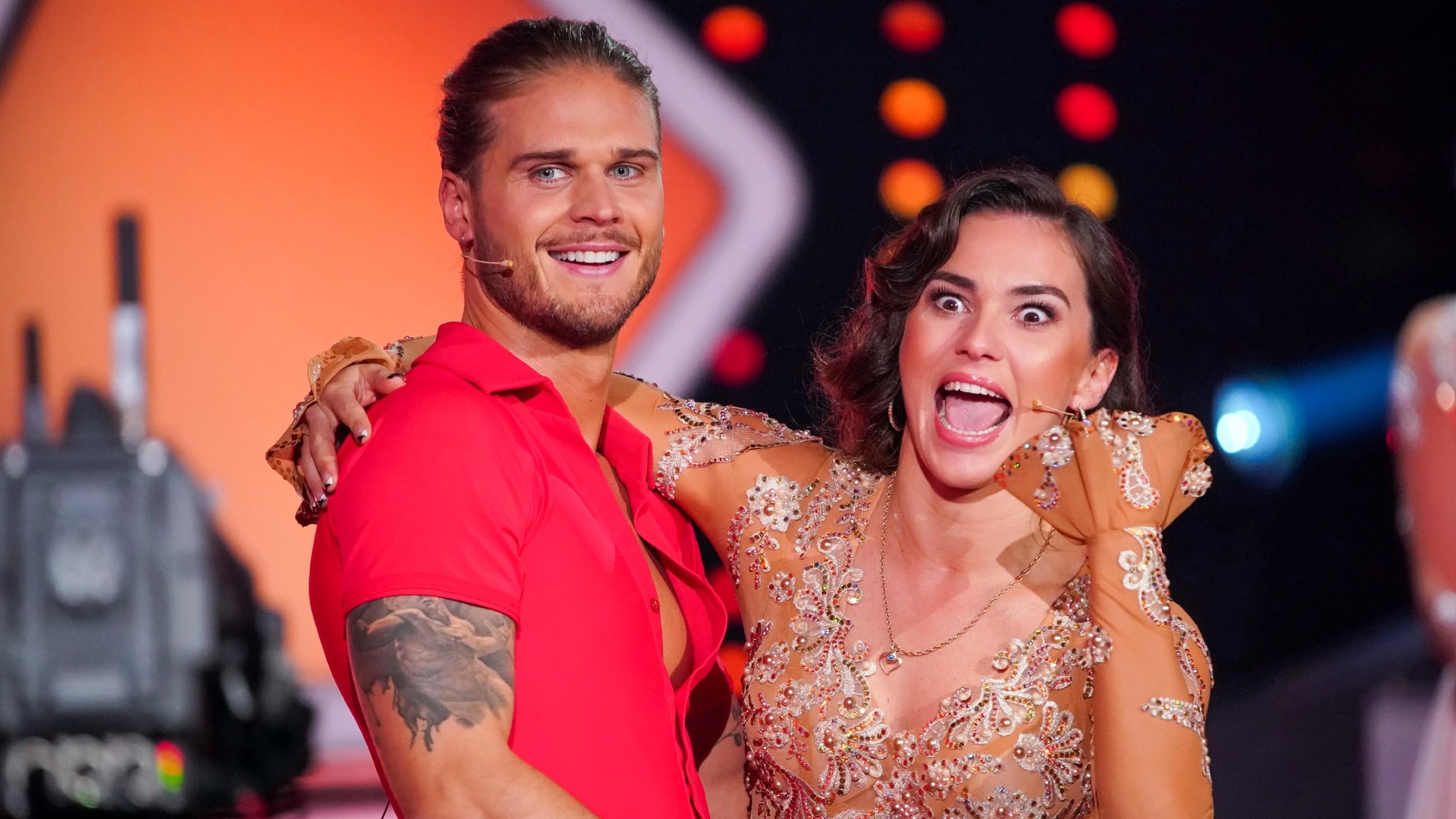 Let's Dance 2021: So bescheiden freut sich Fußballer Rúrik Gíslason über seine Wildcard - RTL Online