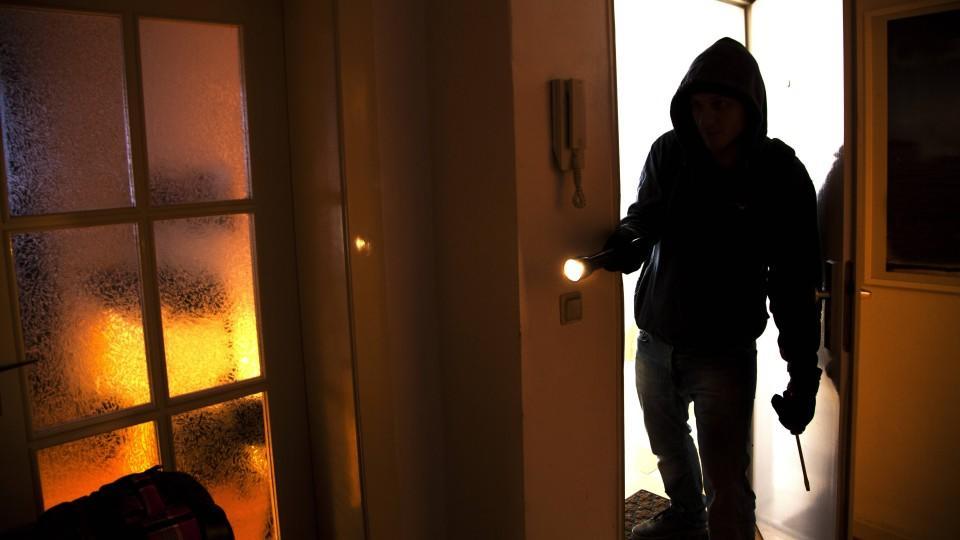Polizei Hamburg rechnet mit vielen Diebstählen - so können Sie sich vor einem Einbruch schützen