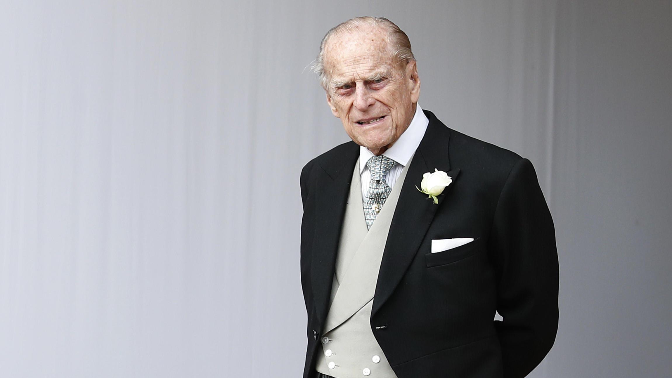 Prinz Philip (99) in der Klinik: Wie schlimm steht es wirklich um den Queen-Ehemann? - RTL Online