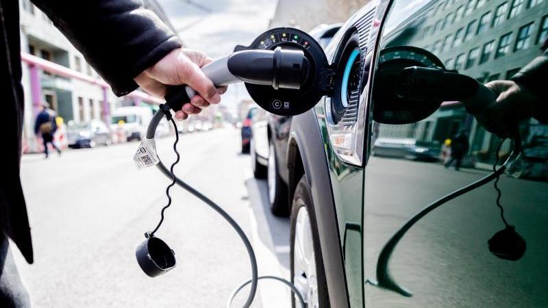 Wandel zur Elektromobilität führt zu Verschiebungen bei Jobs